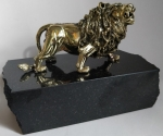 Bronze plastic art Lion with stand natural stone mountain crystals