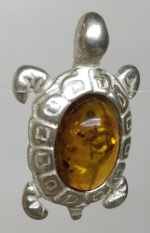 Brooch natural amber turtle