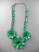 Necklace with earrings Flower