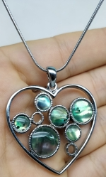 Medallion pendant metal heart colorful mother of pearl