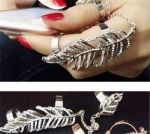 Charming Delicate Jewelry Shiny Crystal Silver Big Leaf Knuckle Finger Ring