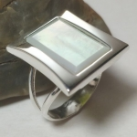 Silver ring Taliika mother of pearl
