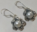 Silver earrings pearl with roses